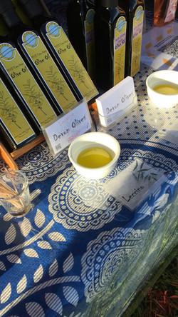 Garlic infused NZ Olive Oil - Devon Olives