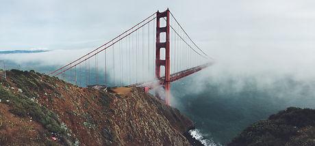 Golden Gate Bridge - Fog.jpg
