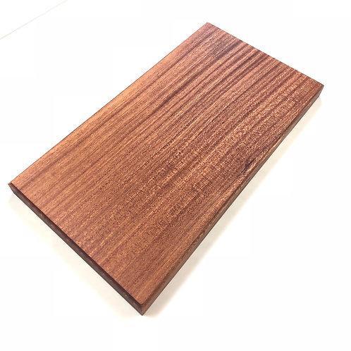 Sapline cutingboard.