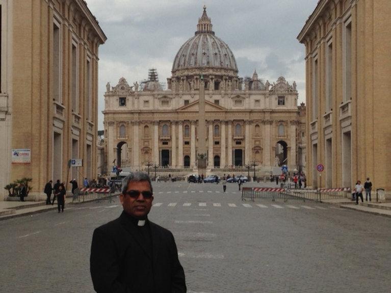 Fr Paulson in Rome.JPG
