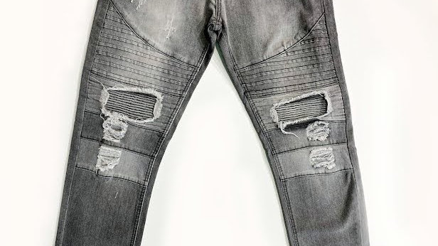 Distressed Fashion Jeans