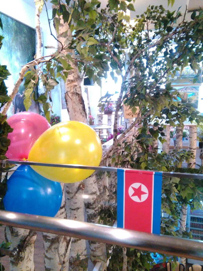 Banketti pohjoiskorealaisessa ravintolassa 8.4.