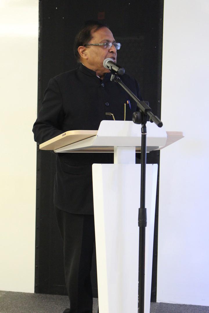 Mukesh Sharma, Intia