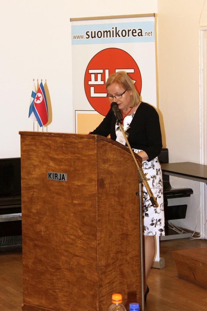 Puola-Korea-seuran pääsihteeri Danuta Pajak