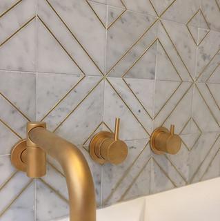 24 carat gold taps.