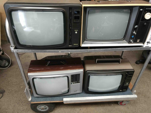 Old TV as props testing stage