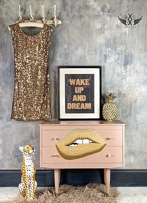 """""""Gold Lips"""" Bedside Drawers"""
