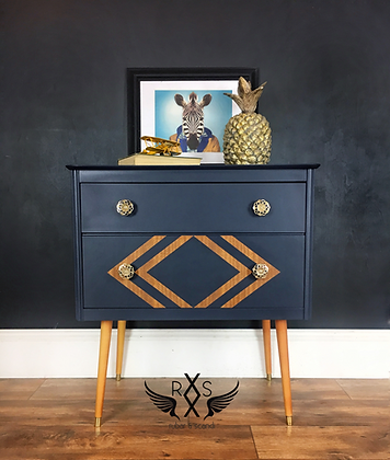 Mid Century Chest of Drawers on Tapered Legs