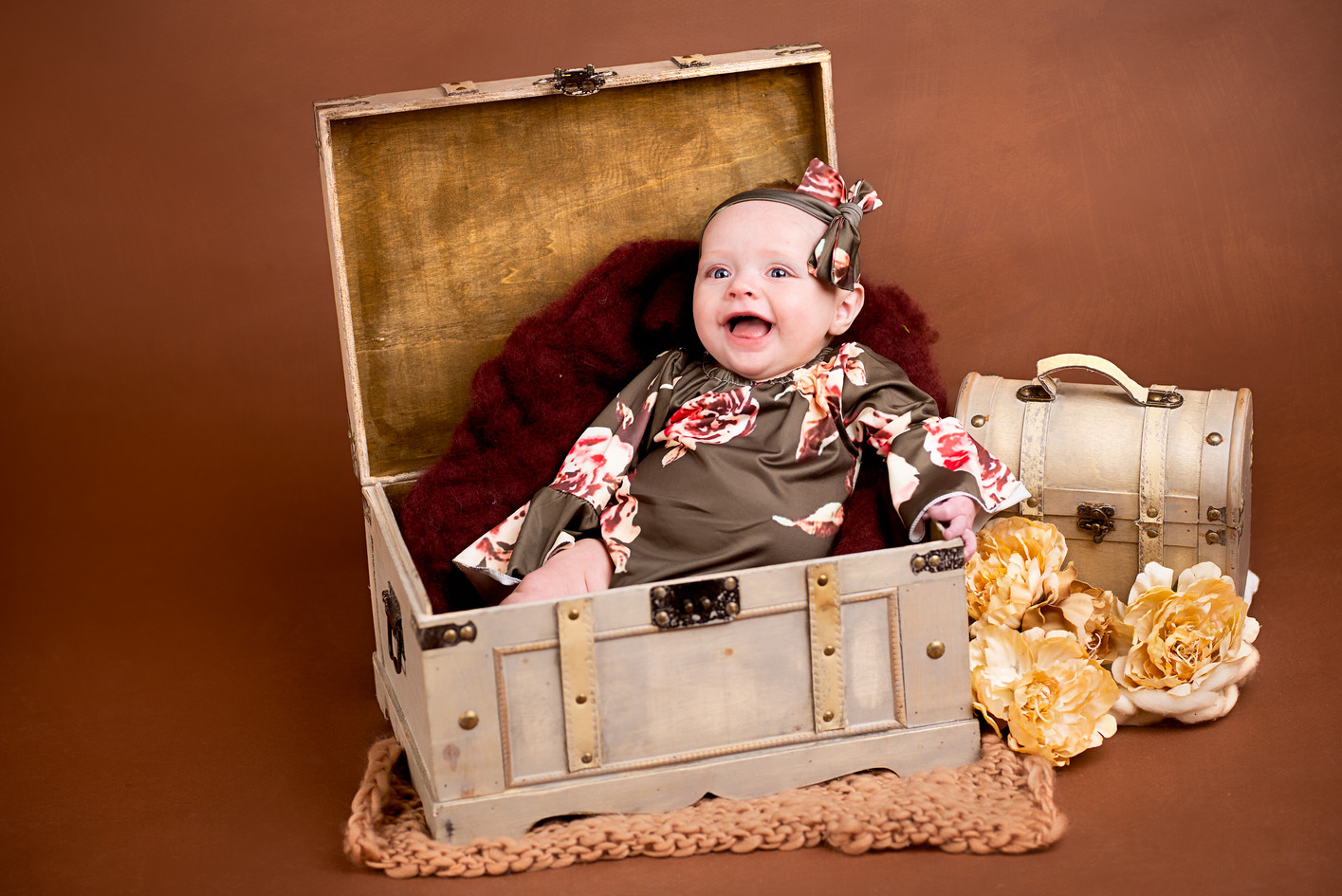 Creative antique baby photography