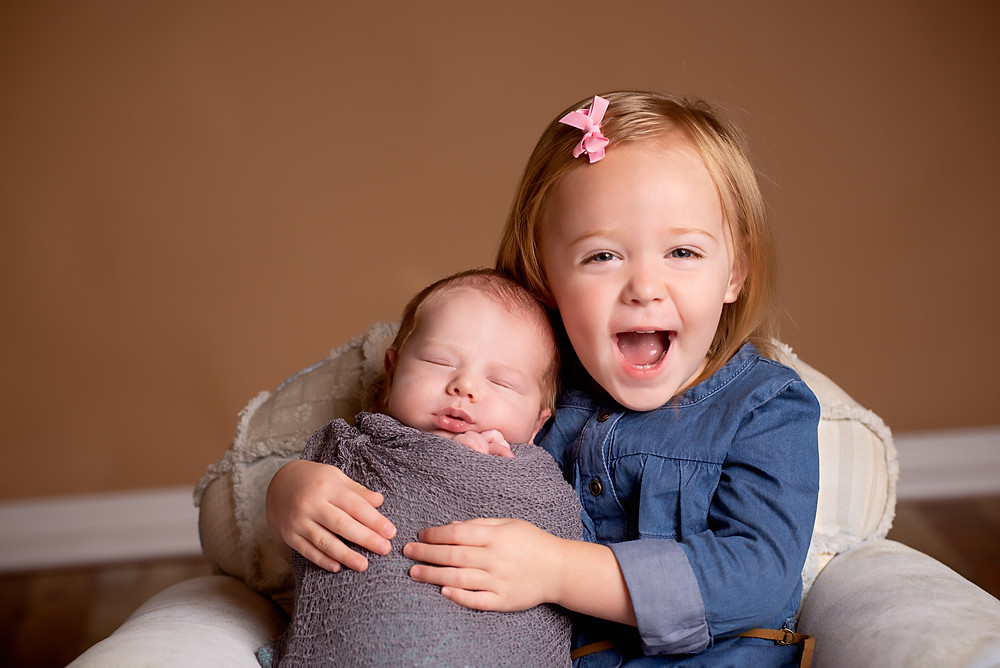 Affordable Newborn Family Photographer in Overland Park