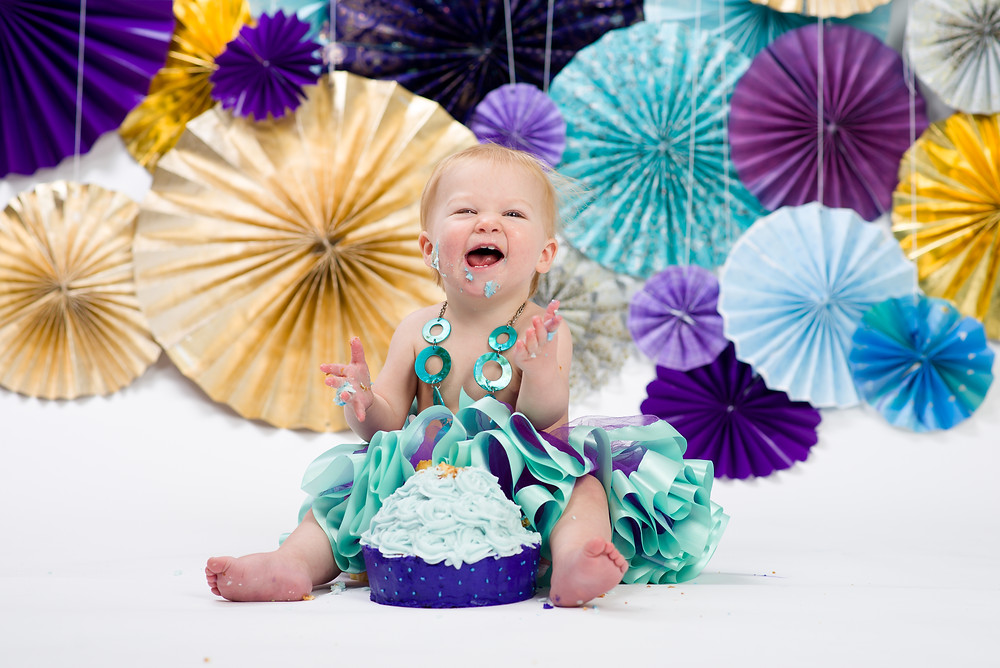 Milestone Photography - 1 year old cake smash