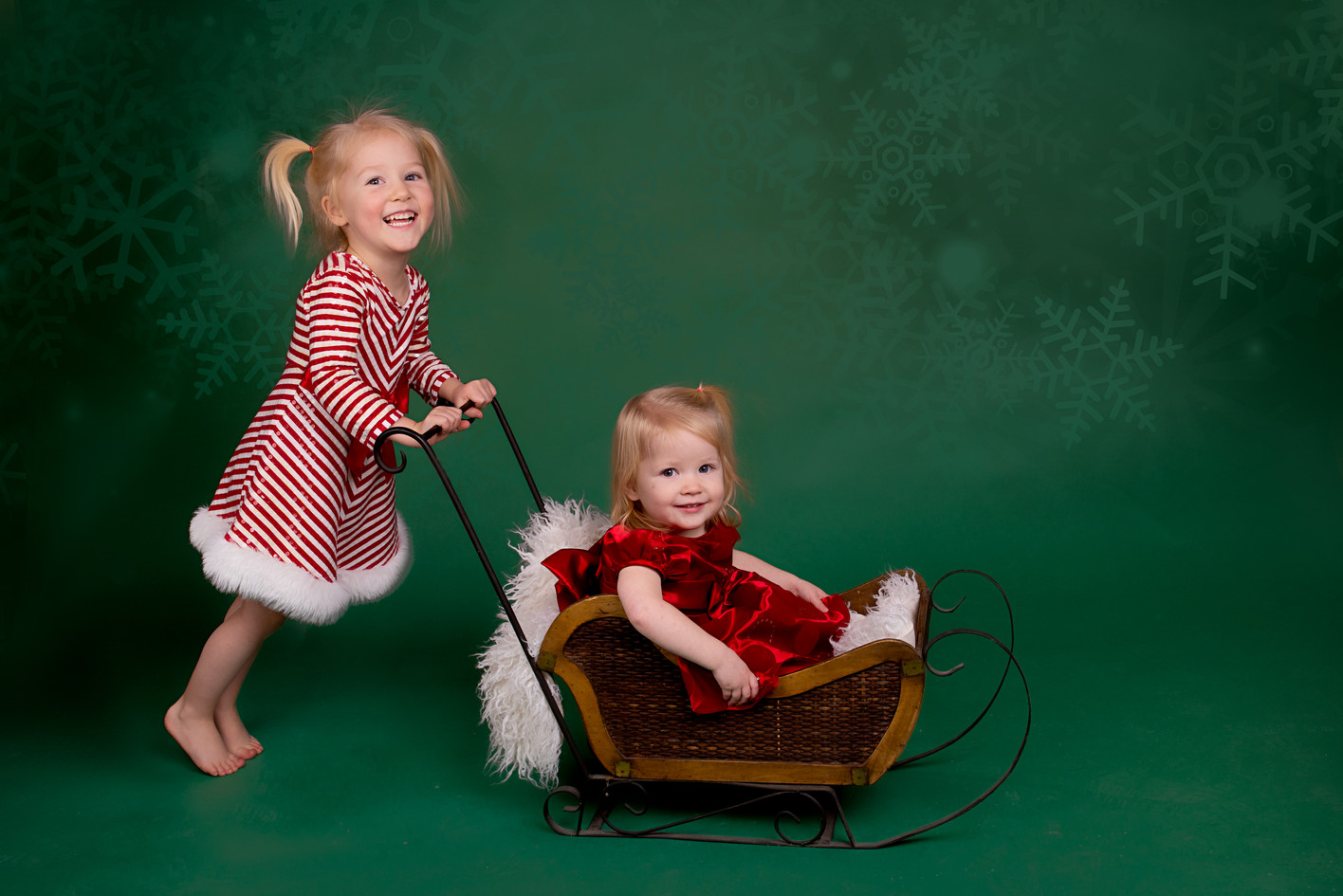 Chistmast children's studio photography