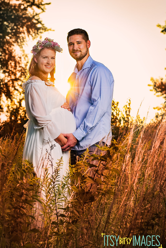 Tall grass earthy maternity photography