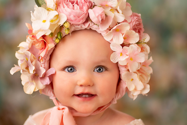 Beautiful Baby Picture with Flower Bonnet