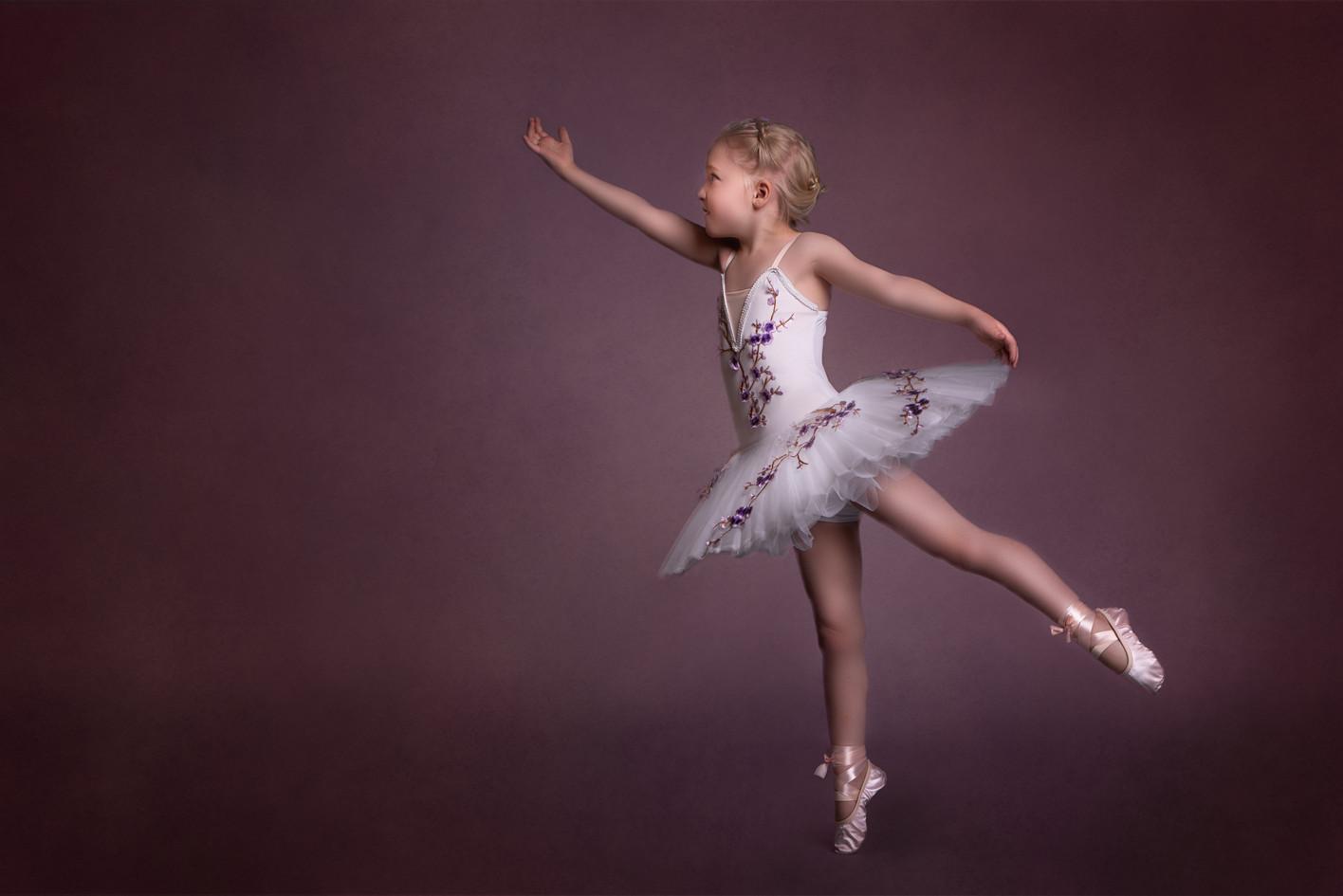 Tiny Dancer themed photographpy