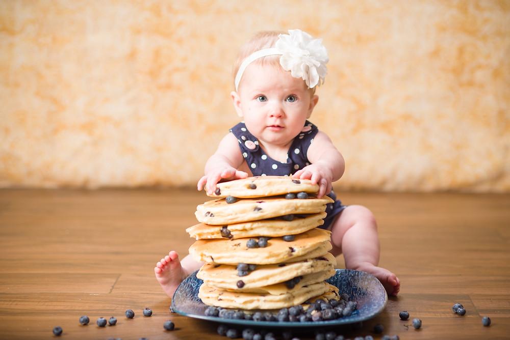 6 month baby photographer had blueberry pancake milestone session in Lenexa