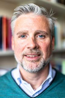 Jim McKinley, linguist