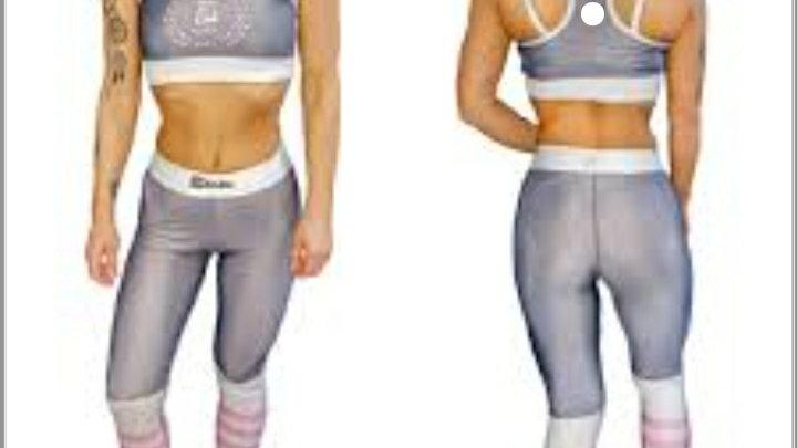 QRP Nutrition lady grey set top + leggins