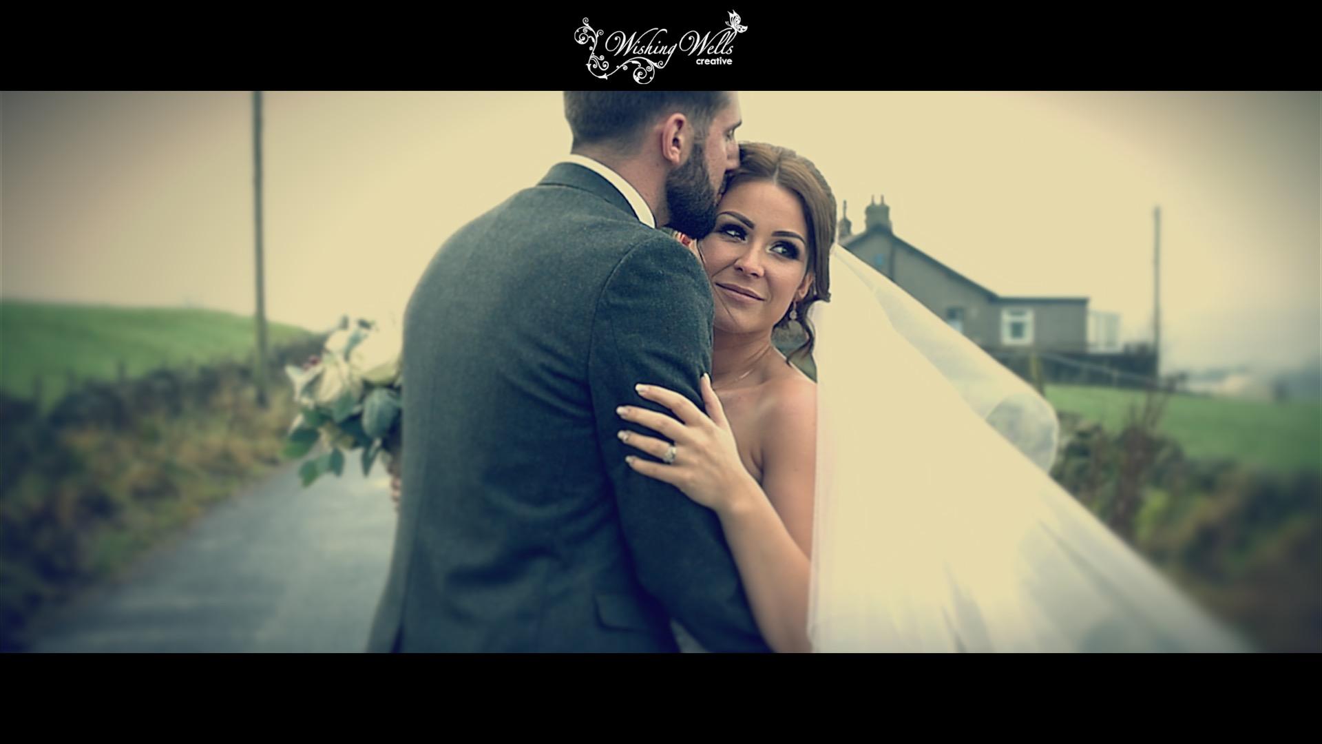 winter wedding bride & groom kiss