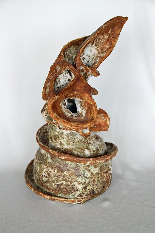 Malgorzata Jablonska, Listening, clay sculpture