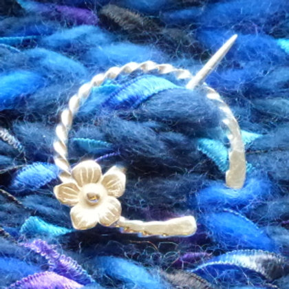 Flower Twisted Wire Spiral Penannula Brooch