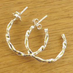 P0593 Sterling Twisted Creole Earrings