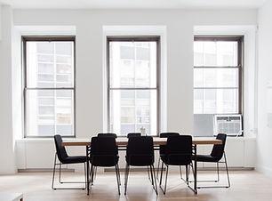 locaux d'entreprises, salle de réunion, nettoyage de bureaux, entreprises, ménage pour professionnels