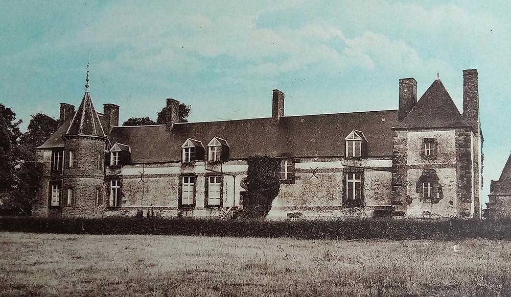 Le château de l'Angevinière à Sains, qui fut détruit par les Allemands.