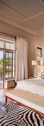 samara-manor-house-king-suite-karoo-dook