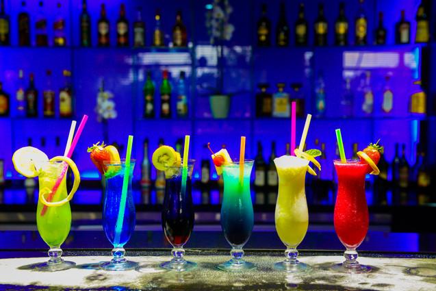 Trevallys Bar (3).jpg