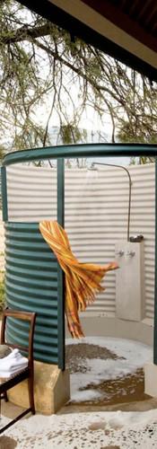outdoor-shower-karoo-suite-lodge-samara-