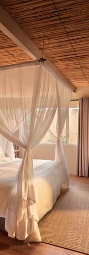 sibella-suite-bedroom-samara-game-reserv