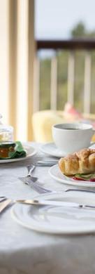 breakfast-cont.jpg