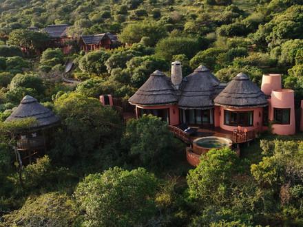Thanda Safari - Big 5 Game Reserve