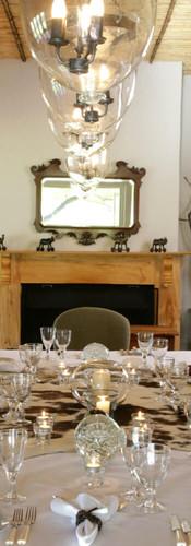 crystal-dinner-dining-karoo-lodge-samara