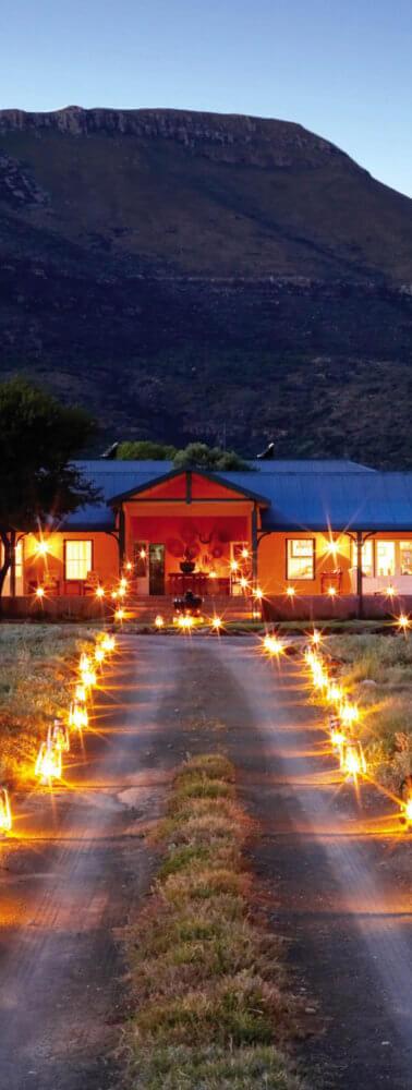 karoo-lodge-entrance-samara-reserve-sout
