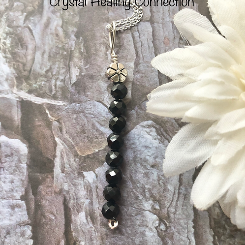 Spinel 8 Bead Flower Necklace