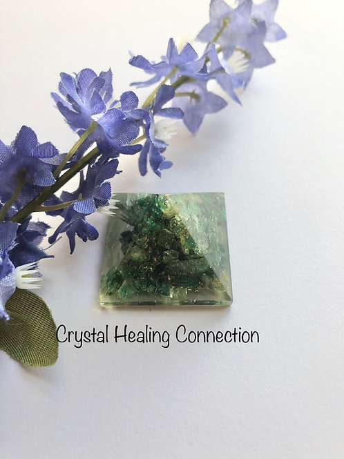 Mini Green Aventurine  Orgonite Pyramid