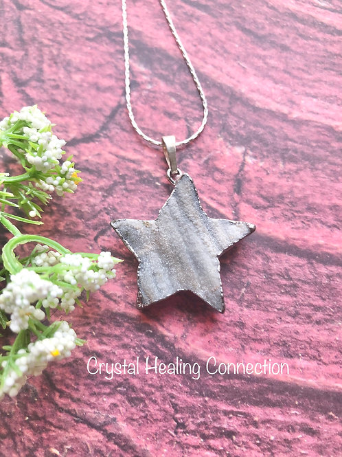 Rough Agate Star Necklace