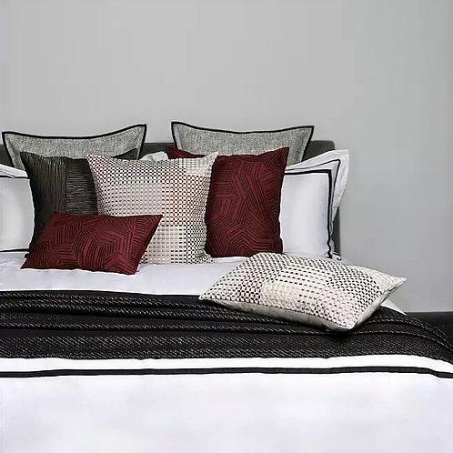 Rouge Cushion Set