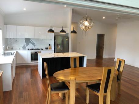Kitchens Renvoator Bardon