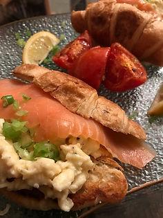 Smoked salmon and scrambled eggs croissa