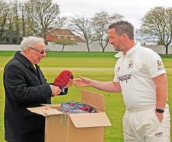 2018 - 150 years celebration - Chairman Malcolm Pratt presents 1st XI captain Shaun Smith with his cap