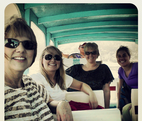 Boat group pic 2013.PNG