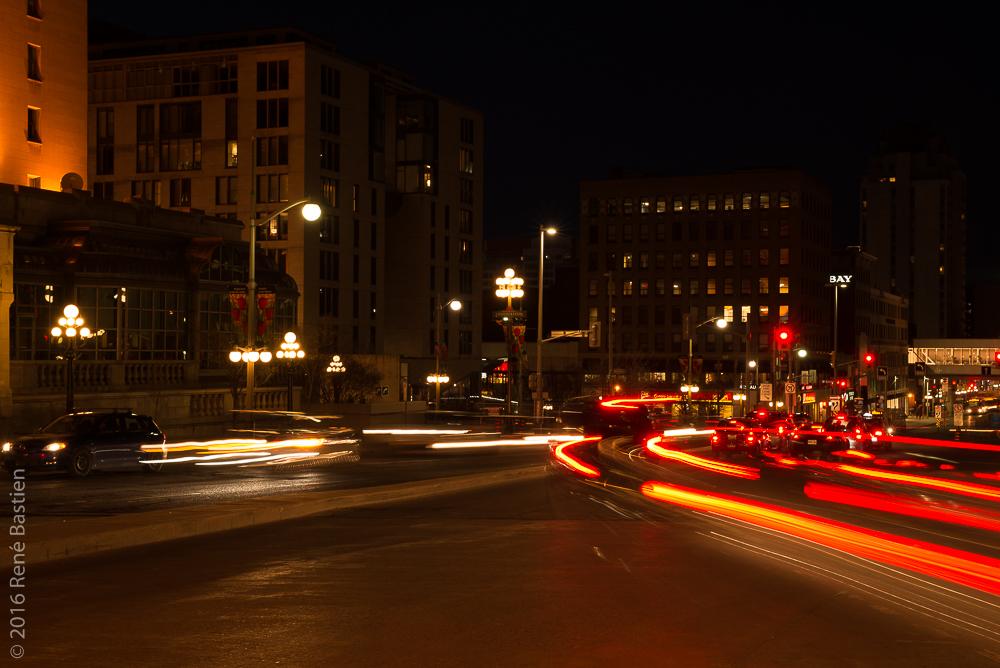 Car streaks, Wellington Street