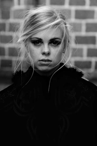 PHOTOGRPAHER / SID SCOTT HAIR / JOANNA MACDONALD