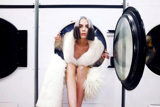 """""""FUR COAT, NAE KNICKERS"""" COMMERICAL CAMPAIGN FOR BLOW SALON"""