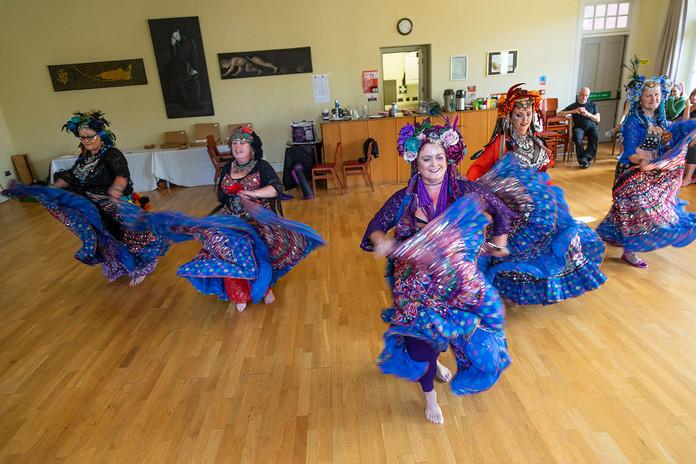 tribaldancers-w6662.jpg