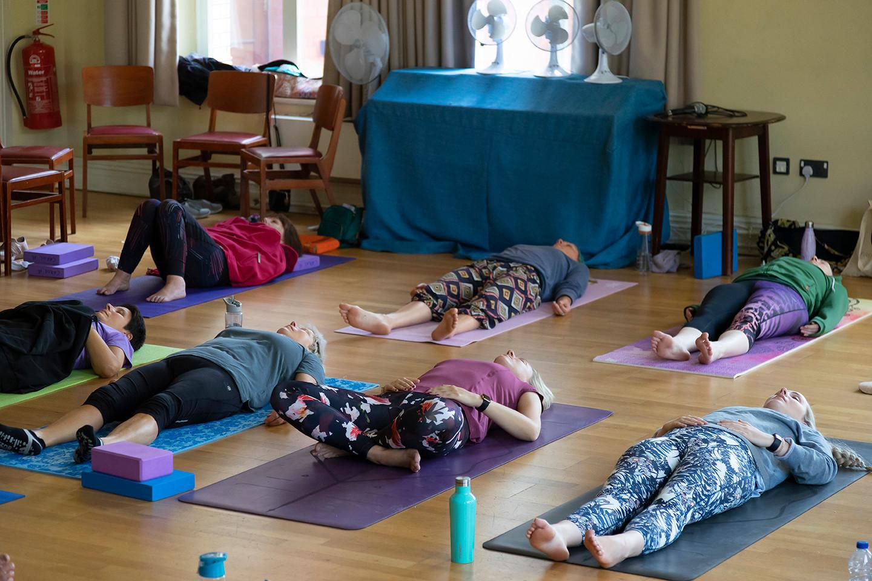 yoga-w6567.jpg