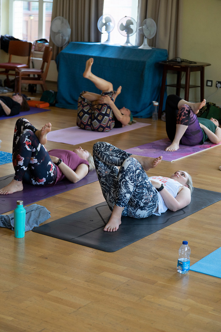 yoga-w6556.jpg
